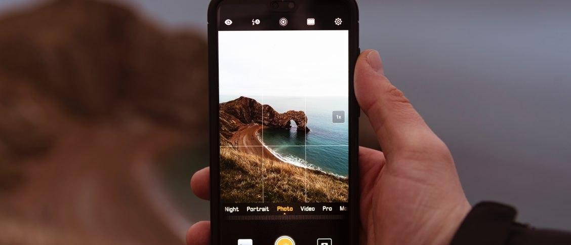 تحكم بكاميرتك من خلال هاتفك الذكي وبتكلفة زهيدة جداً